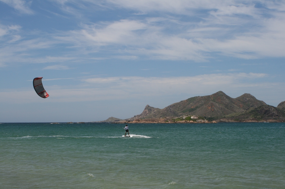Kitesurfing in Fort-Dauphin